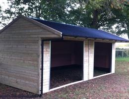field-shelter3.jpg